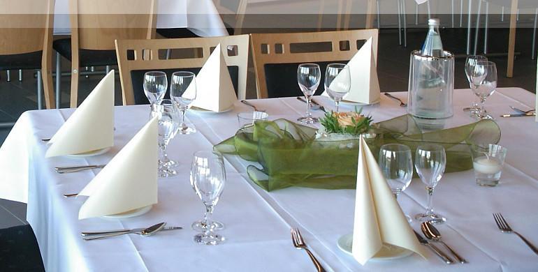 Tischdekoration Konferenz